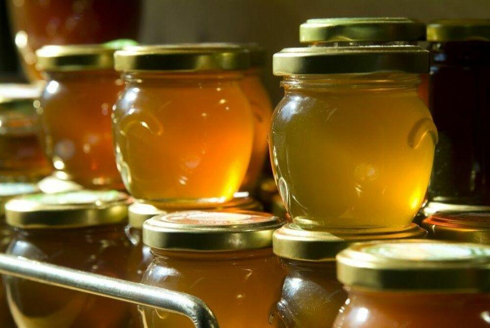 Натуральный мед в банке