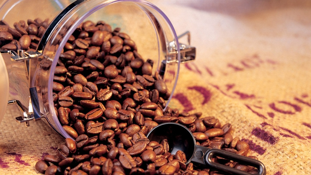 Зерновое кофе в банке