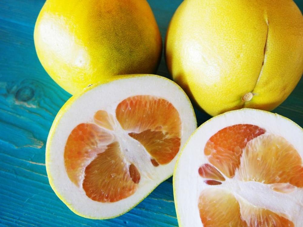 Выбор спелого фрукта